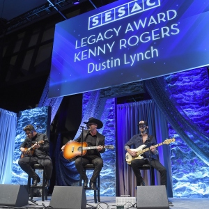 Dustin Lynch performs onstage during 2017 SESAC Nashville Music Awards